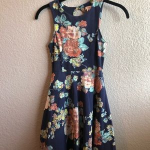 Keyhole back floral fit and flare dress